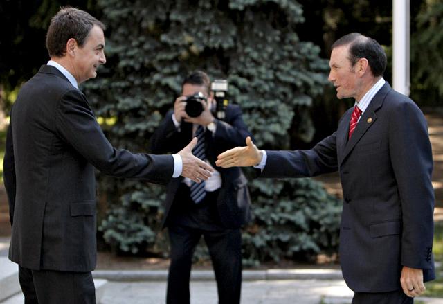 """Zapatero: """"La palabra Navarra no ha surgido en la conversación"""""""