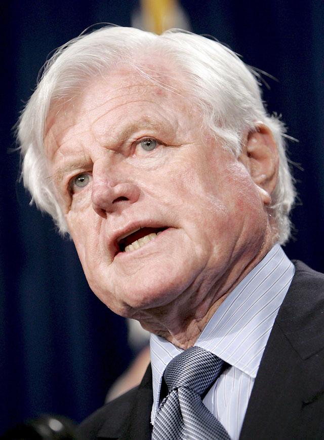 Ted Kennedy tiene un tumor cerebral maligno