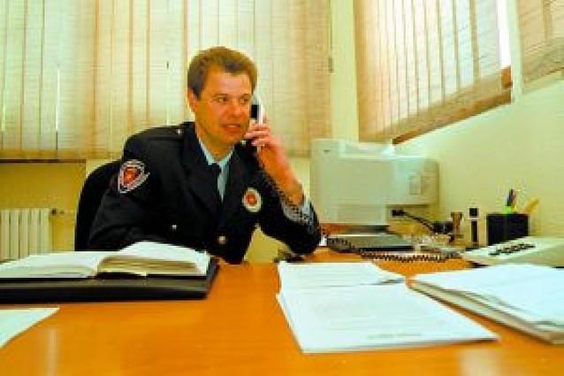 El jefe de la Policía Municipal de Estella, Josu Ganuza, presenta su dimisión