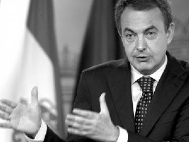 """Zapatero: """"En más de dos horas, la palabra Navarra ni siquiera ha aparecido"""""""