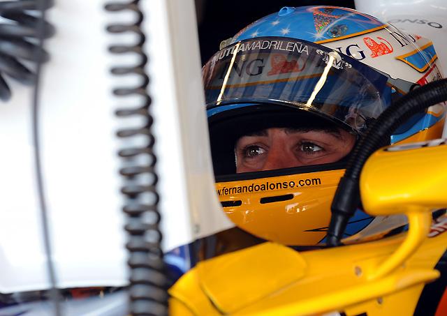 Alonso firma una discreta séptima posición en una primera sesión dominada por Raikkonen