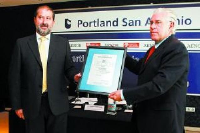 La firma Portland sigue hasta 2012