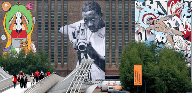 "Los ""graffiteros"" cubren la fachada de la Tate Modern"