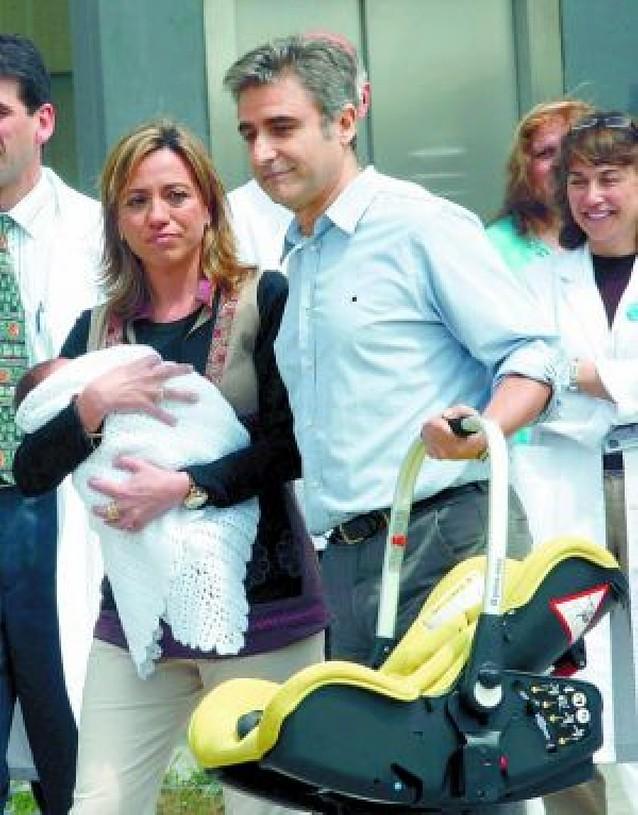"""""""Es maravilloso ser madre, no puede compararse con nada"""", afirma Carme Chacón"""