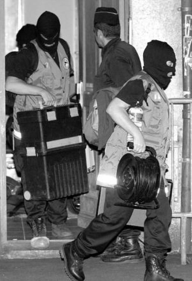 Los detenidos de ETA en Burdeos, a disposición judicial en París