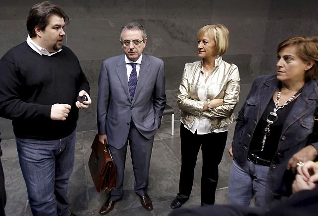UPN, CDN y PSN aprueban el Plan Navarra 2012 y rechazan todas las propuestas de NaBai e IU