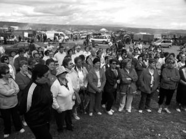 Más de 1.500 personas acuden a la romería de la Cruceta