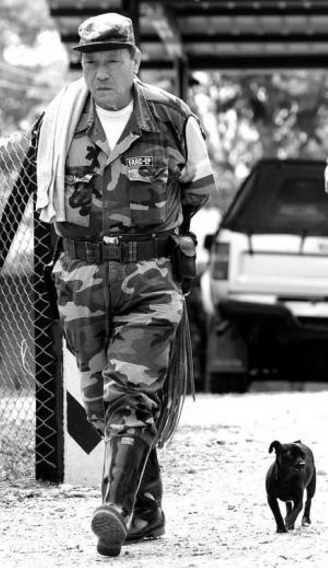 """El ejército colombiano confirma la muerte de """"Tirofijo"""", líder de las FARC"""