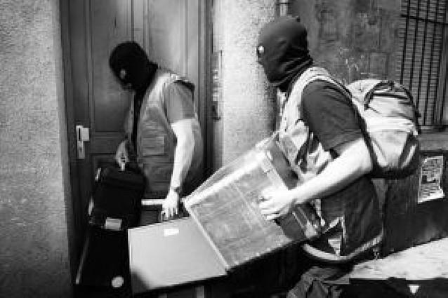 La Fiscalía de París abre instrucción judicial contra los etarras detenidos