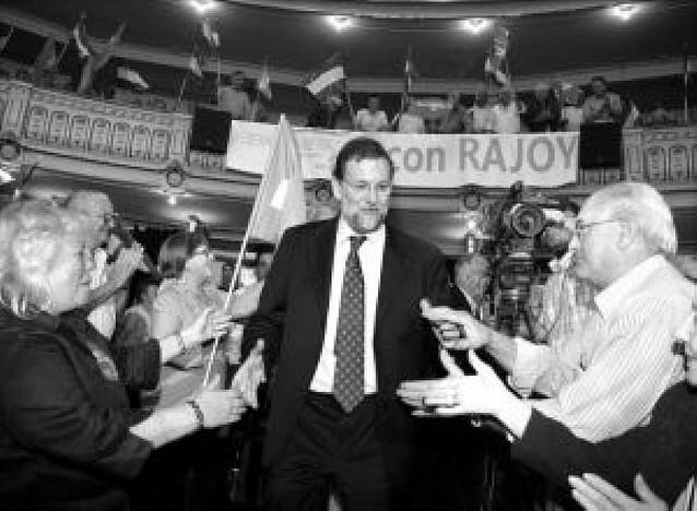 Fracasa la segunda manifestación contra Rajoy ante la sede del PP
