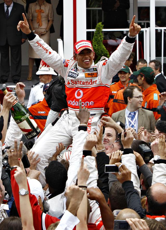 Mónaco y la lluvia coronan a Hamilton y dejan fuera de los puntos a Fernando Alonso