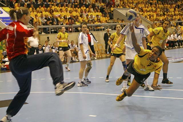 El Itxako despide su mejor temporada con subcampeonatos en la Liga y en la EHF