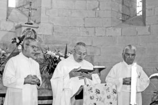 Luis Iriarte celebra sus 50 años como sacerdote en Olleta