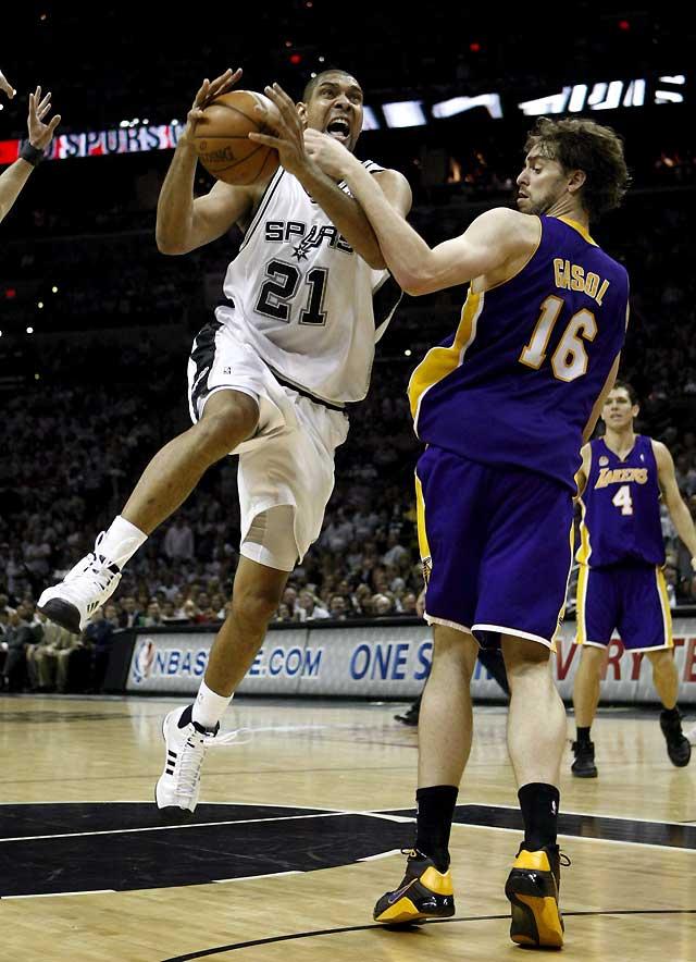 San Antonio devuelve la paliza a Lakers y recorta diferencias tras ganar 103-84