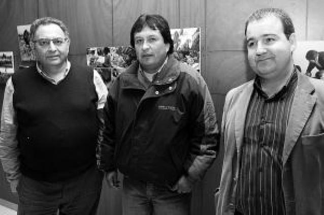 Burlada impulsa la democracia en pueblos de Bolivia