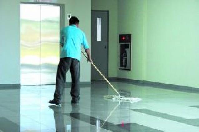 UGT y CC OO firman una 16ª paga para los 8.000 empleados de limpiezas