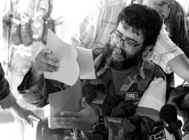 """Colombia intensifica su acoso militar ante """"el peor momento"""" de las FARC"""