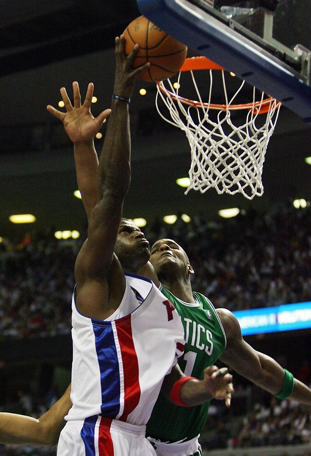 McDyess decidió el triunfo que dio el empate de la serie a los Pistons ante Boston