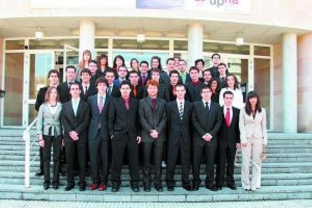 Graduación de Ingeniería de Telecomunicación en la UPNA