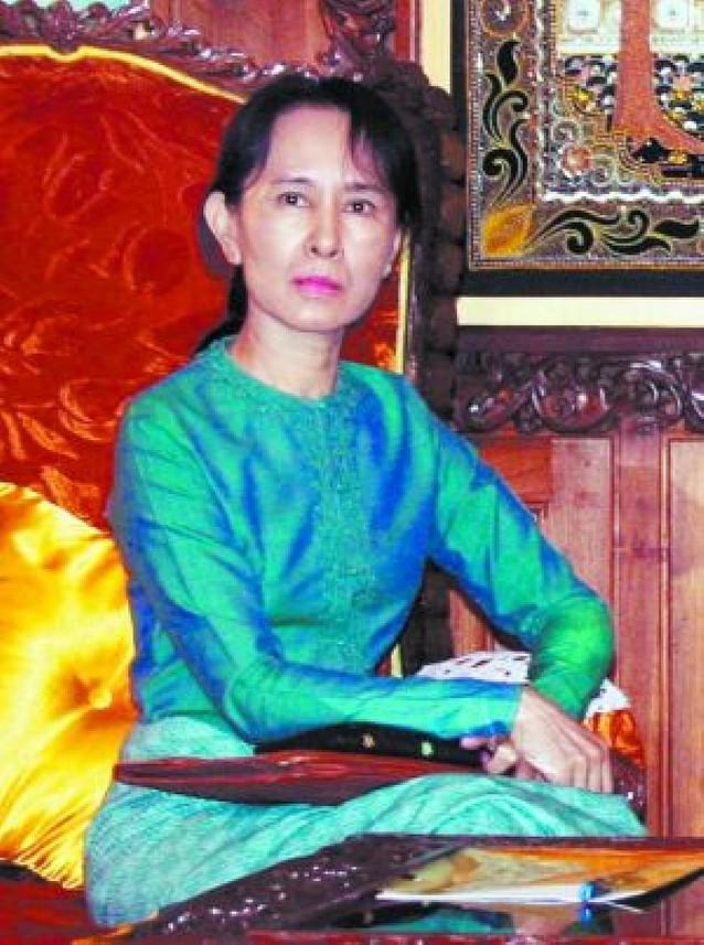 El régimen birmano prolonga el arresto domiciliario de la líder de la oposición