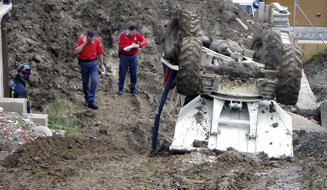 Muere un obrero tras volcar su vehículo en Santesteban
