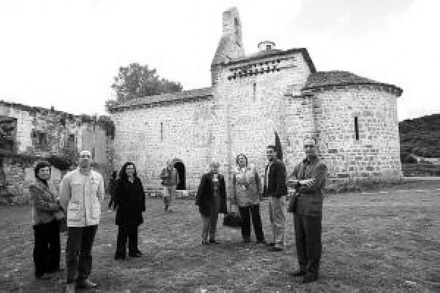 Una enciclopedia recoge todas las obras y monumentos del Románico en Navarra