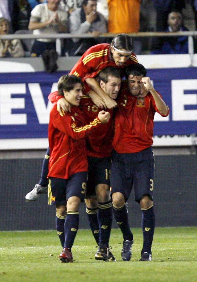 España estará en el Europeo tras un triunfo agónico en la prórroga