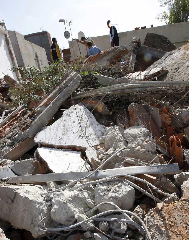 Derribadas otras cinco viviendas ilegales en construcción en la Cañada Real Galiana