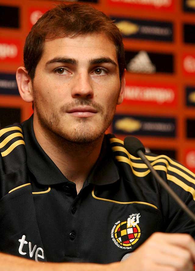 Casillas reconoce que el récord de imbatibilidad es de toda la selección