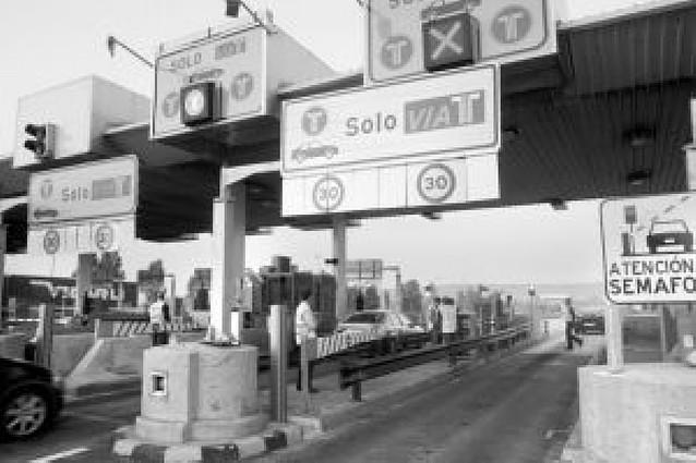 Autopistas de Navarra duplica los carriles exclusivos con sistema Vía-T