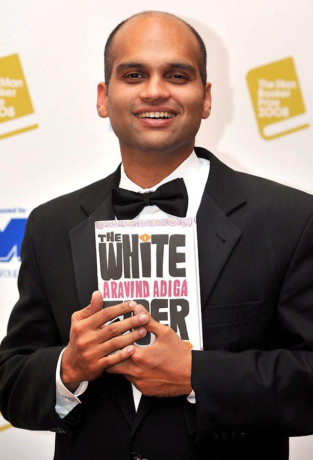 El indio Aravind Adiga gana el Man Booker con su primera novela