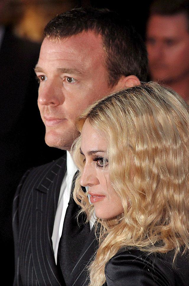 Madonna y Guy Ritchie se divorciarán, según un tabloide