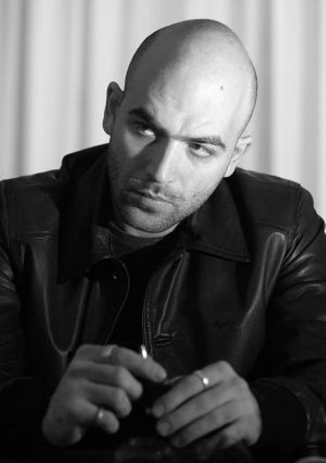 El escritor Roberto Saviano dejará Italia ante las amenazas de la mafia