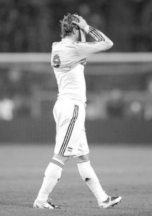Iniesta y Villa marcan el rumbo