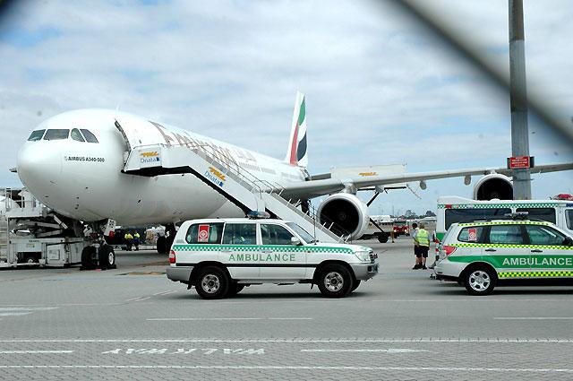 Un avión de Fly Emirates regresa al aeropuerto al detectar olor a quemado en la cabina