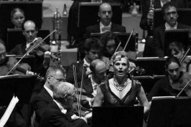 Maestro británico y soprano tolosarra