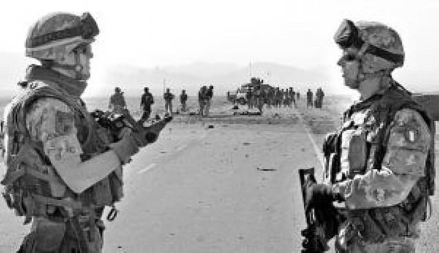 Heridos seis soldados italianos en un atentado suicida en el oeste de Afganistán