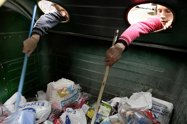 Cuando hay que comer de la basura