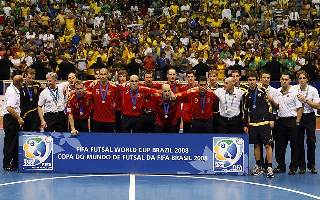 Brasil acaba con el reinado de una magnífica España
