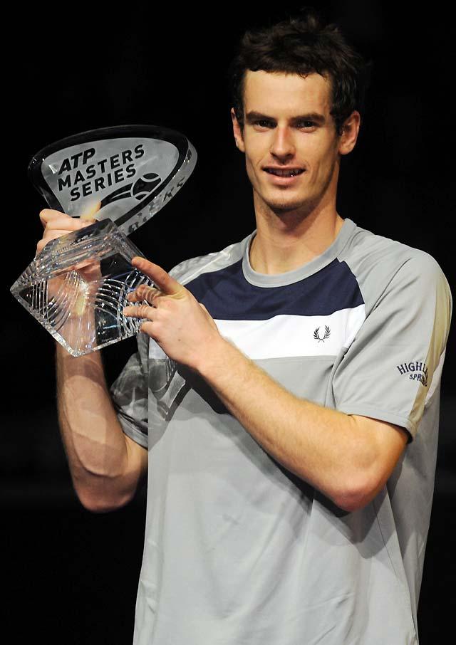 Andy Murray vence a Gilles Simon en la final del Masters Series de Madrid