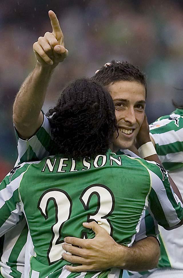 El Betis se reencuentra con el triunfo siete meses después (3-0)