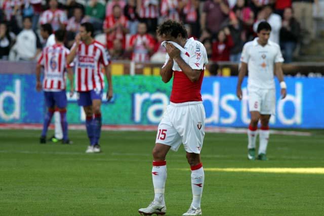 Hubo penalti, pero no para tarjeta roja