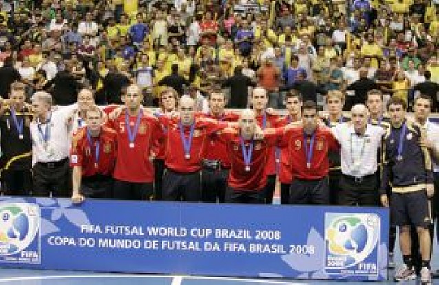 Brasil termina con el reinado español