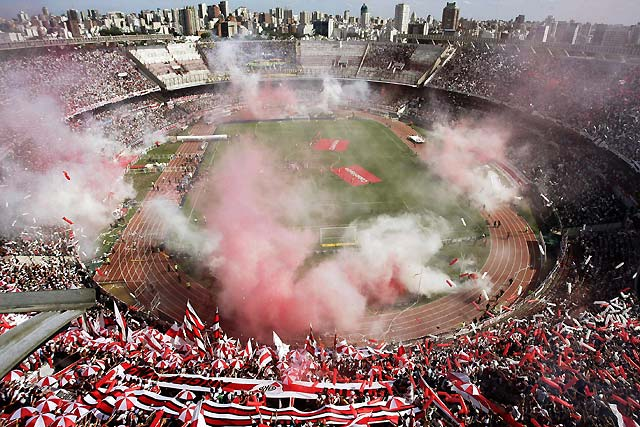 Boca Juniors hunde al colista River Plate