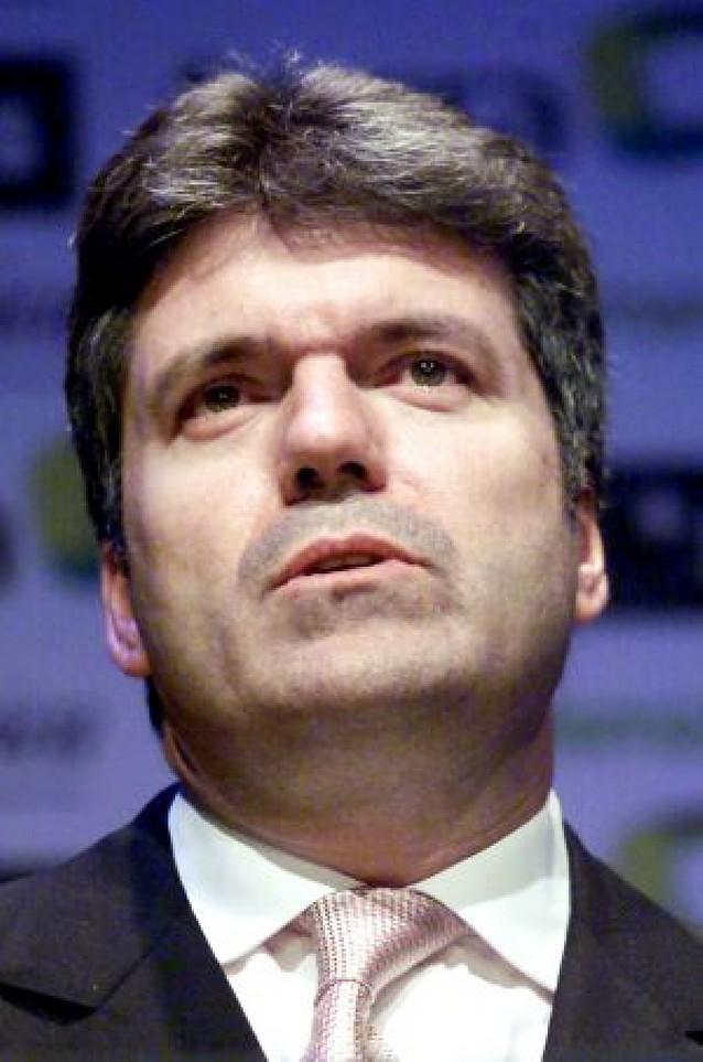 Villalonga, alternativa a Calderón