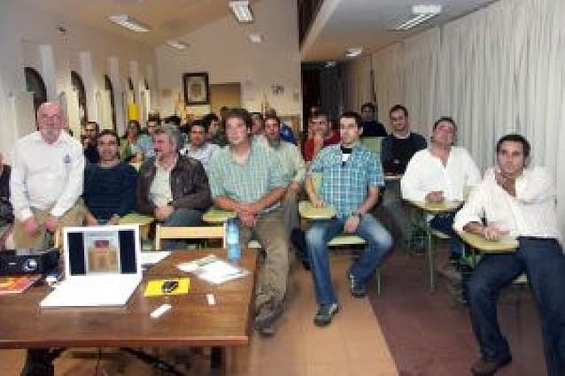 Los VII Talleres de Micología reúnen a un total de 40 aficionados