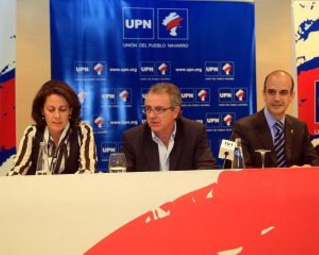 Dirigentes del PP critican a Sanz y dicen que ya no tiene motivos para la abstención