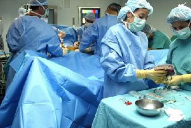 El tiempo medio que un paciente espera para ser operado pasa de 82 a 61 días