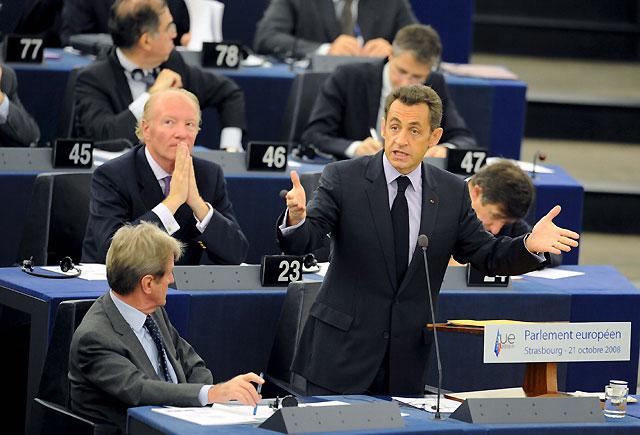 Sarkozy no incluye a España en la cumbre para la reforma del sistema financiero