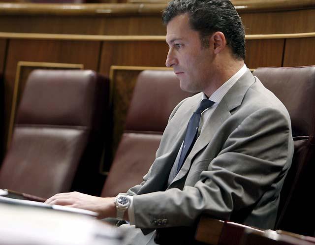 """Cervera califica de """"impecable"""" el discurso de Rajoy porque """"lo patriótico"""" es devolver los PGE al Gobierno"""